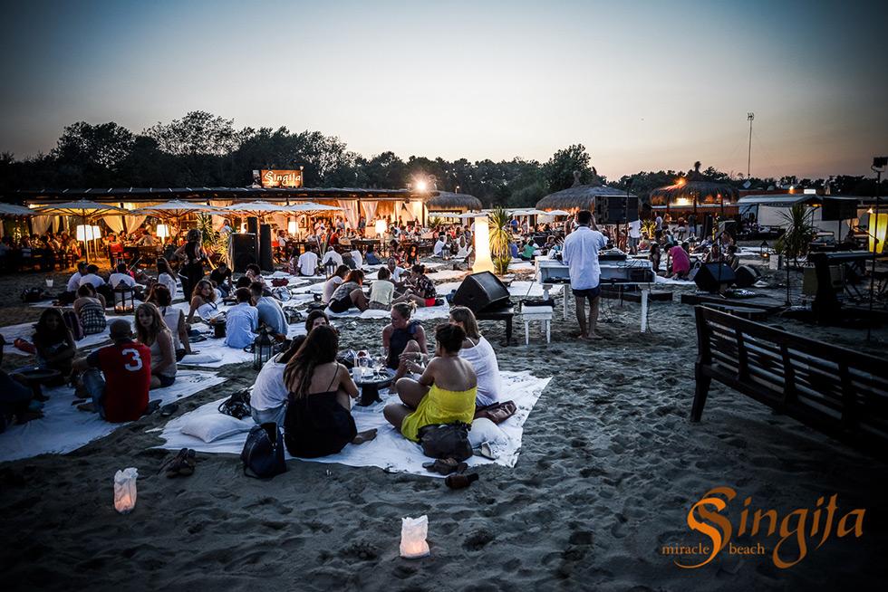 Matrimonio Spiaggia Marina Di Ravenna : Eventi privati sulla spiaggia a marina di ravenna